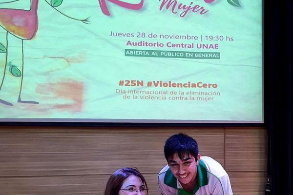 presentacion-de-libro-kuna-mujer-17AF617A6D-7B3F-16CA-DF50-2996732E7B0F.jpg