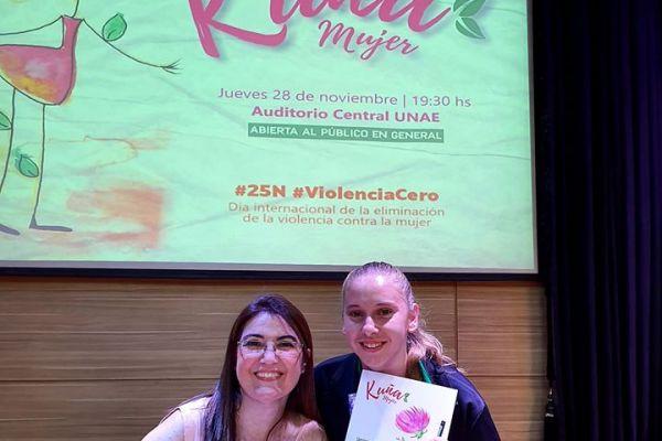 presentacion-de-libro-kuna-mujer-18E54960BD-733E-CB50-C011-3121A89E335E.jpg